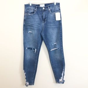 We The Free / Hi-Rise Distressed Jeans